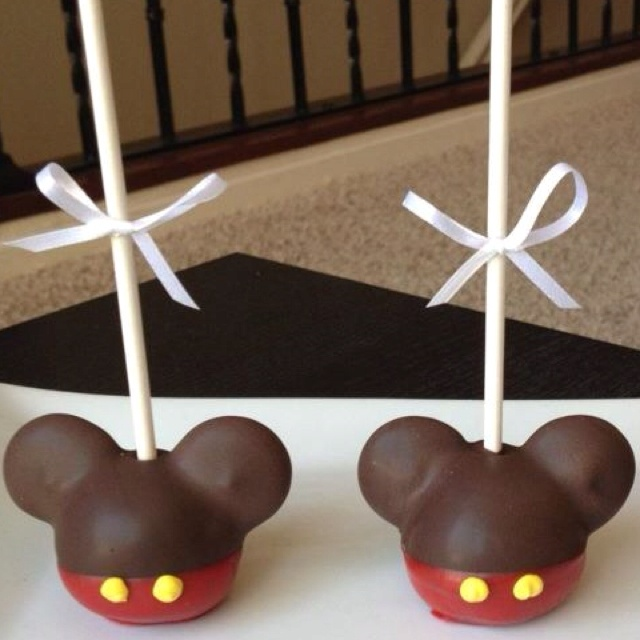 Mickey mouse oreo cookie pops recipe