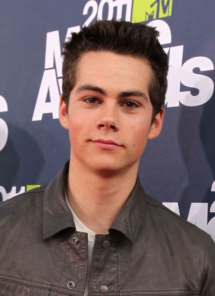 dylan obrien | Dylan O'Brien Actor Dylan O'Brien arrives at the 2011 MTV Movie Awards ...