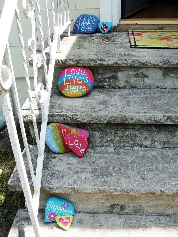 Painted Rocks- I want to make these this summer with the kids