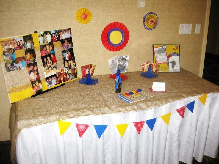 Sign in Table 90th Birthday (Colombian theme)