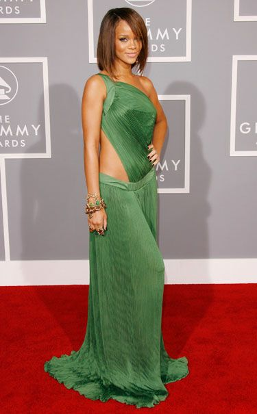 Rihanna 39 S Style Through The Years Famosos Te Quiero Y Verde