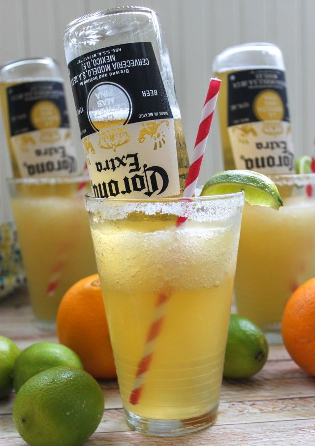 Frosty Mexican Bulldog Margarita with Corona