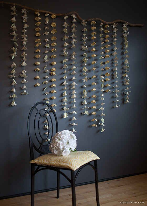 Warm up your entry way with an Anthropologie-like paper flower garland.