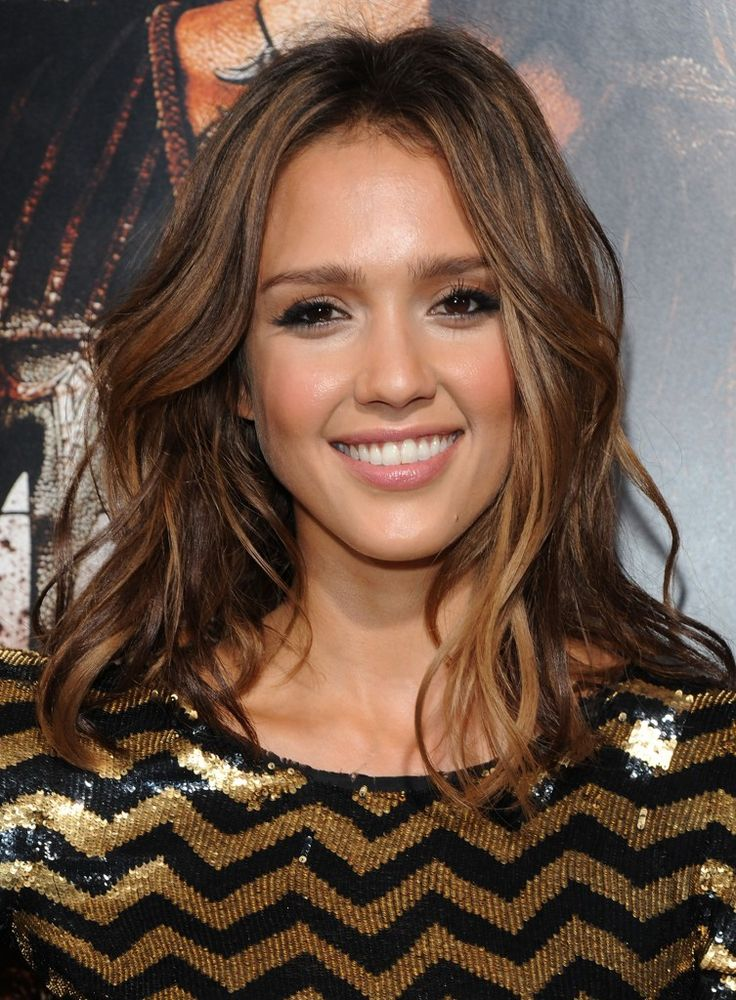 Jessica Alba in amazing fashion....Amazing beauty in amazing fashion sounds right to me!
