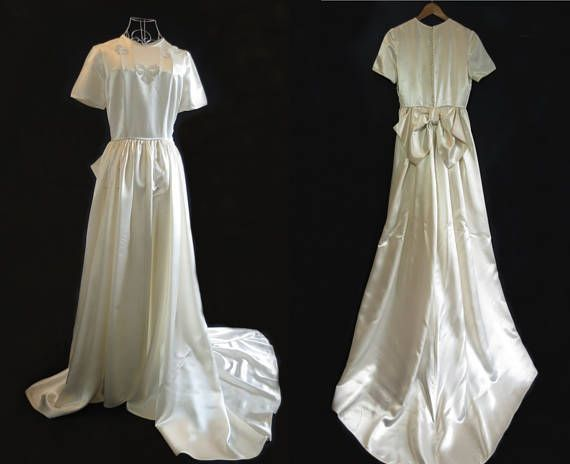 1940s Vintage Wedding Dress Traditional Wedding Gown Beaded