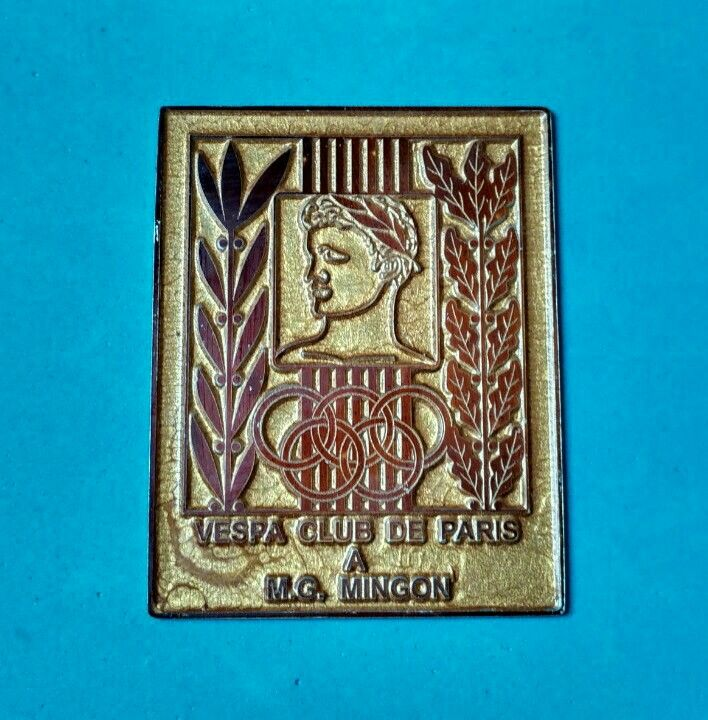 Badge Placca Plakette Vespa Club De Paris M.G. Mingon