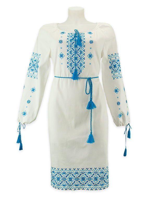 Вышитые свадебные наряды в голубой гамме
