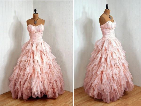 : Princesses Dresses, Wedding Dressses, Pink Wedding Dresses, Vintage Valentines, Pink Christmas, Ball Gowns, Formal Dresses, Color, Prom Dresses