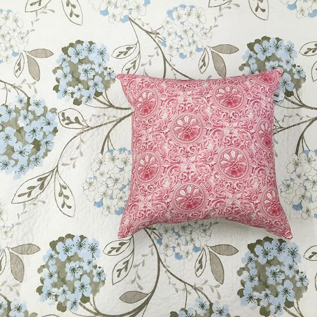 The lovely Megan coverlet combined with our sweet pink linen cushion