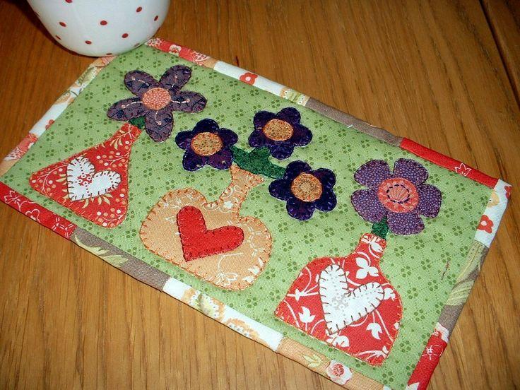 160 best mug mats images on Pinterest | Mug rugs, Mini quilts and ... : online quilt magazine - Adamdwight.com