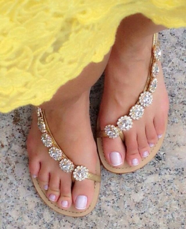 85 Best Barefoot Images On Pinterest  Barefoot, Feet -1557