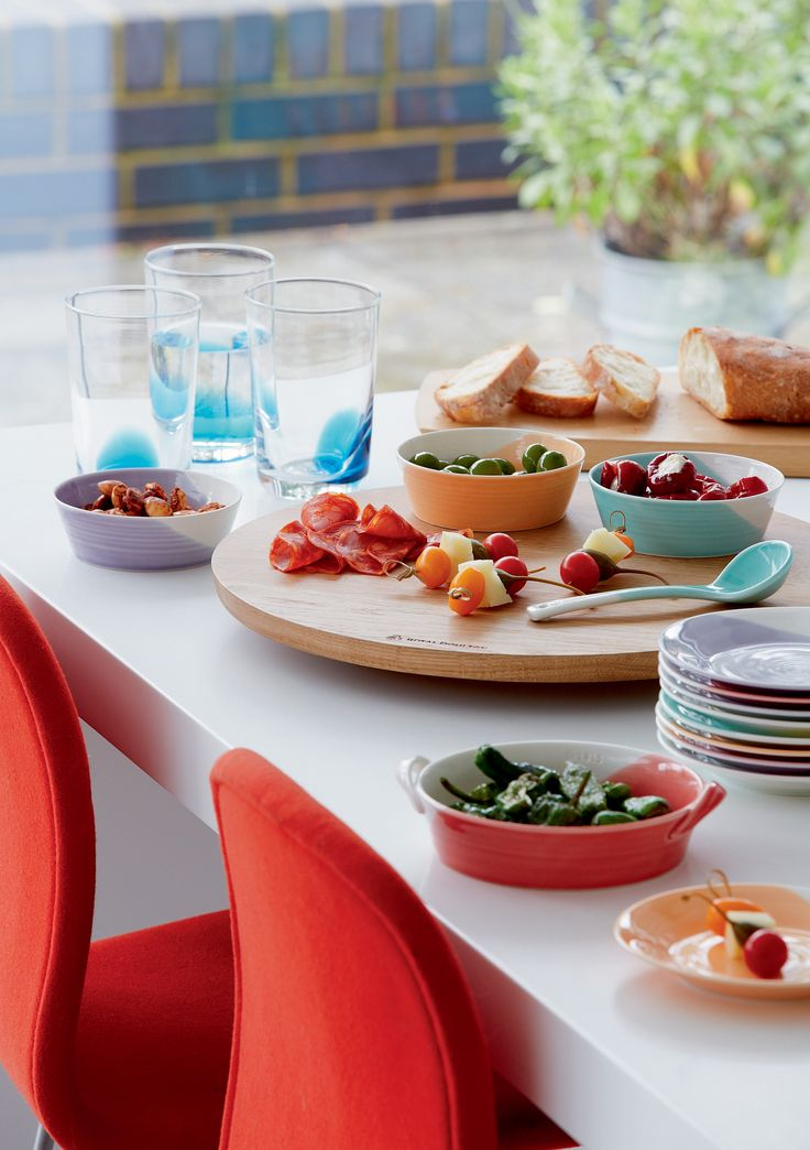Summer entertaining with Royal Doulton's 1815 serveware