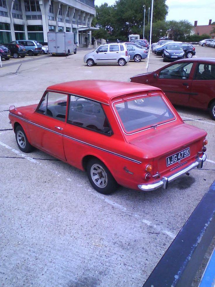 1971/2 Hillman Imp. My Grandad had one of these. :-)