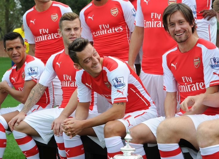 Pictures: First-team photocall 2014/2015 | News Archive | News | Arsenal.com