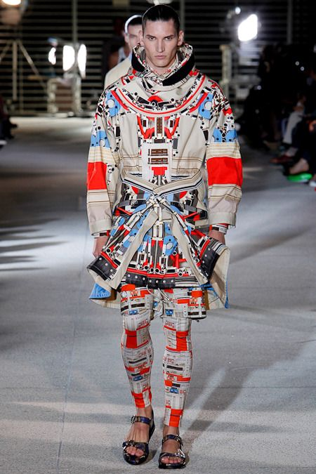 Givenchy spring summer 2014 - Yes, I would wear this one too! I love it.