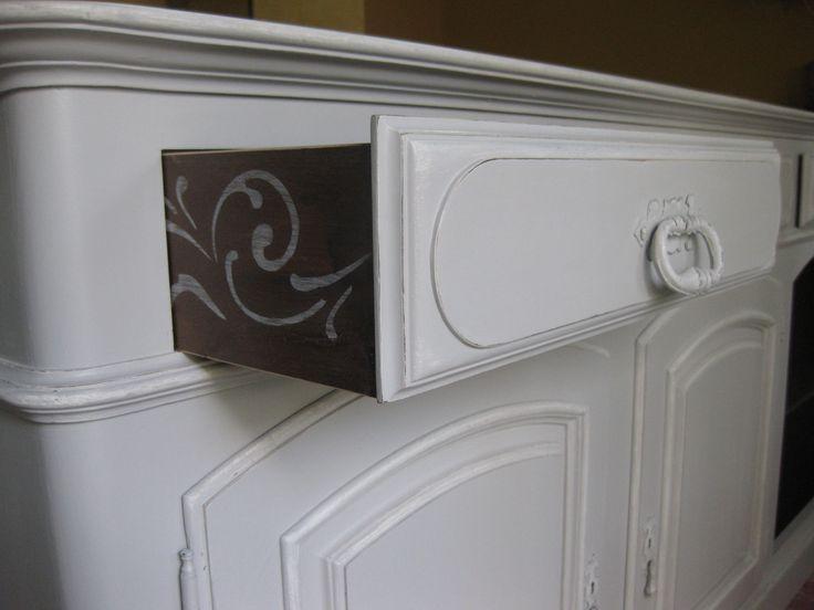 Restauro e pintura de móvel antigo cor cinza claro
