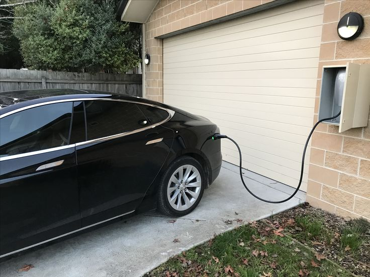 Beaconsfield Dental - one of the first, if not the first, dental clinic in Australia to offer our patients a Tesla electric car charger⚡️