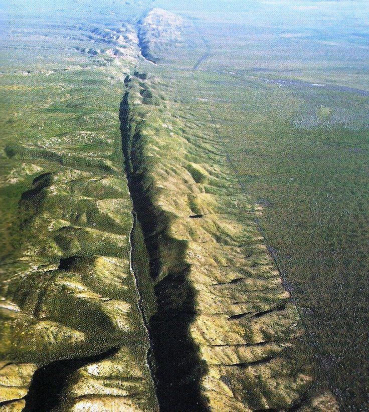 Estudo sobre placas tectônicas da Terra indica que elas estão se movendo mais rápido agora do que em qualquer época nos últimos 2bi de anos.