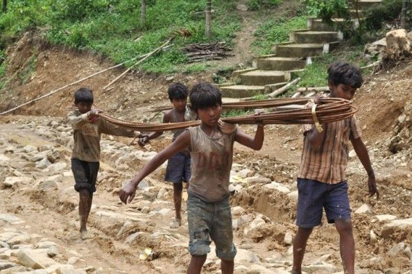 child labour is a major problem Child labour is a major problem in developing countries and the research focuses on the trends of child labour in various parts of india, a developing country that exhibits a major proportion of the world's youngest labourers.