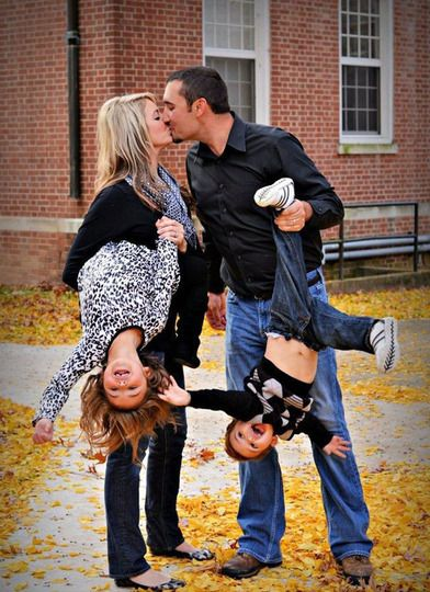 Cute family portraits... problem is... I can't lift my kids anymore. On the other hand, they are big enough to pose for this photo hanging their dad and me like this lol! Now that would make for a cute Christmas card photo lol.