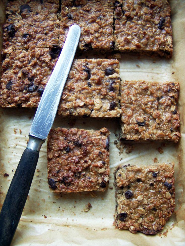 Recept na Müsli koláč (bez lepku a laktózy) z kategorie snadno a rychle, fitness, pro začátečníky, vegetariánské, veganské, bezlepkové:    125 g...