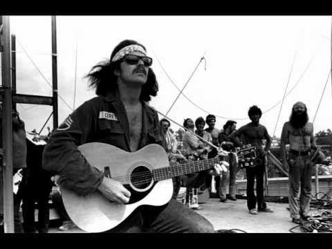 Country Joe McDonald & The Fish (Fish Cheer...) - At Woodstock 1969. Mon...
