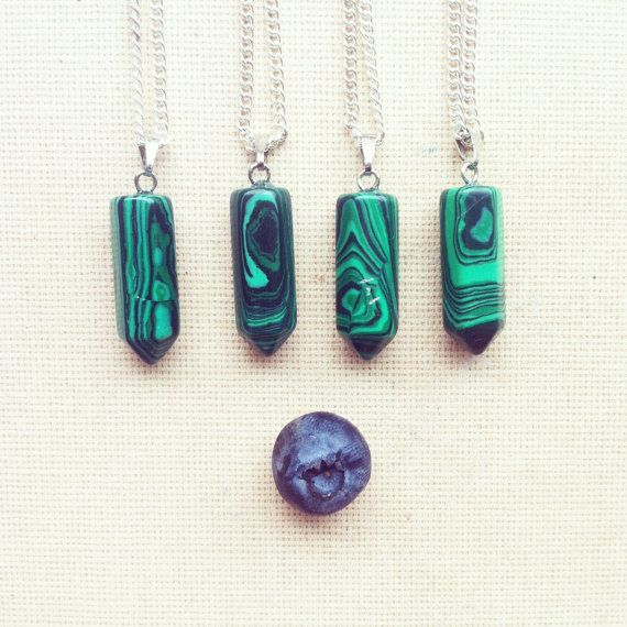Green par OlesyaLugovaya sur Etsy