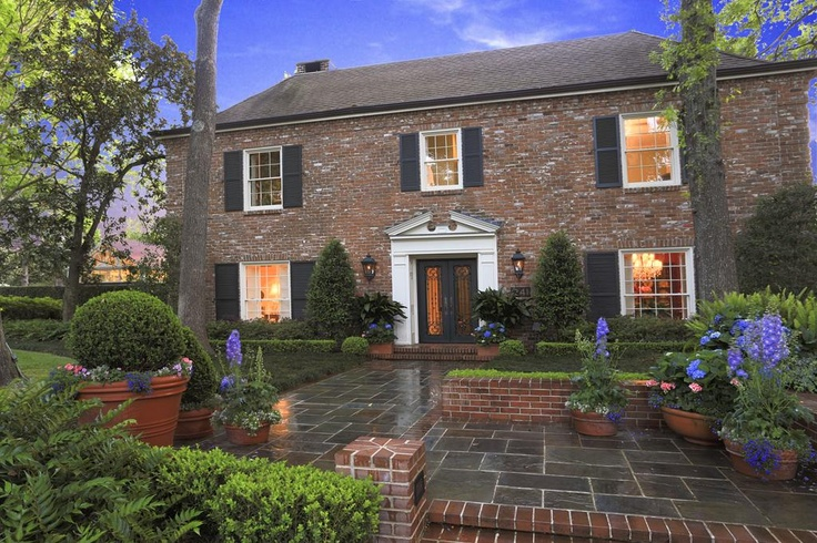 25 best curb appeal images on pinterest curb appeal for Brick georgian homes