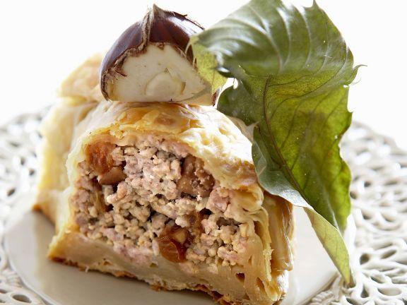 Pastete mit Käse-Maroni-Füllung ist ein Rezept mit frischen Zutaten aus der Kategorie Pastete. Probieren Sie dieses und weitere Rezepte von EAT SMARTER!