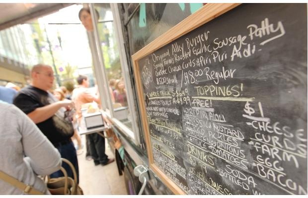 Eat at a local food truck! THIS is an exciting time to be in Calgary. www.yycfoodtrucks...