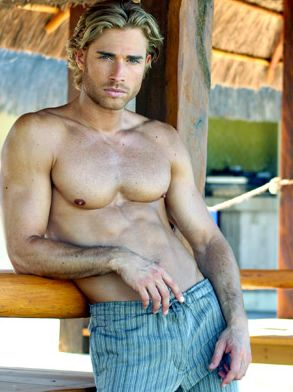 Argentinean Sebastian Rulli fights for love in the telenovela Rubi