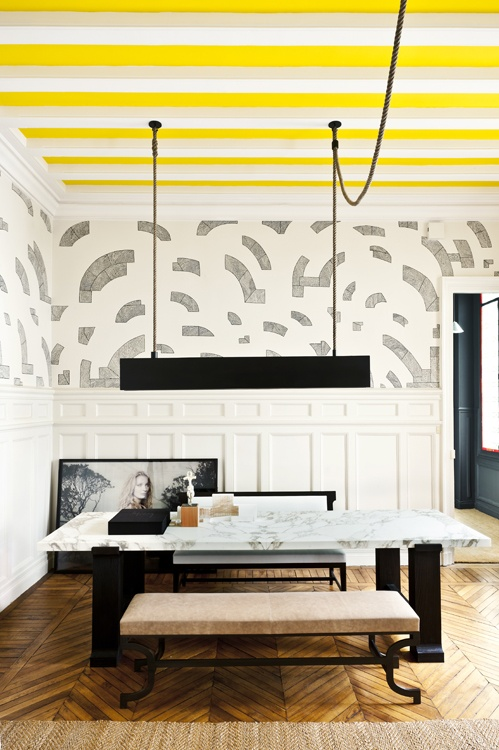 Exposed beams in contrasting color.