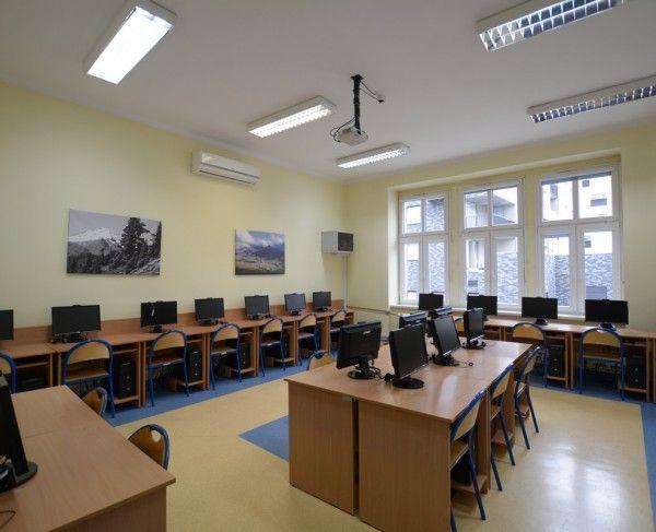 Sala szkoleniowa we Wrocławiu #sale #saleszkoleniowe #salewroclaw #salaszkoleniowa #szkolenia  #szkoleniowe #sala #szkoleniowa #wrocławiu #konferencyjne #konferencyjna #wynajem #sal #sali #wroclaw #szkolenie #konferencja #wynajęcia #salekonferencyjne #komputerowa