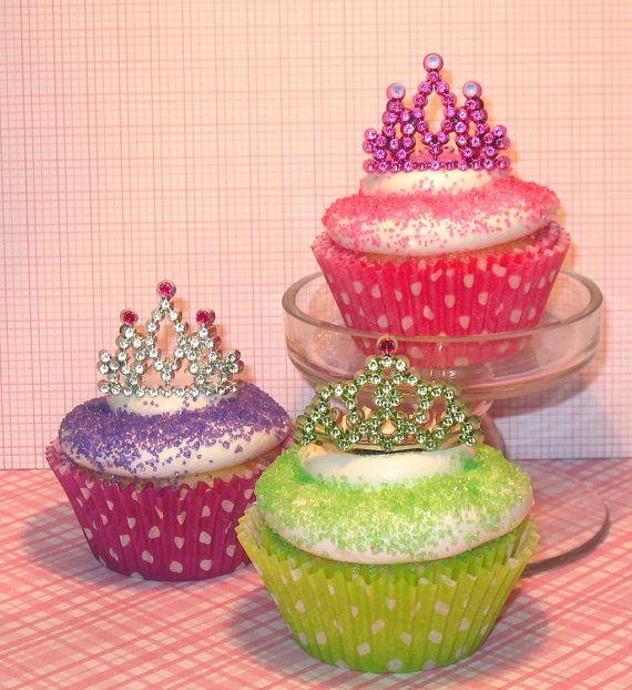 Mini Tiara Cupcake Decorations  (8) via Etsy #girlsbirthday #princessparty #cupcakes