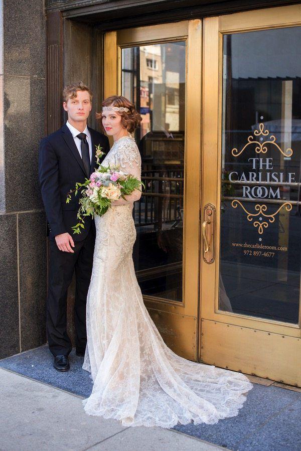 Http Cdn Decoweddings Com Wp Content Uploads 1920s Wedding Carlisle Room Lf Jpg 1920s Wedding Wedding Dresses Lace Wedding