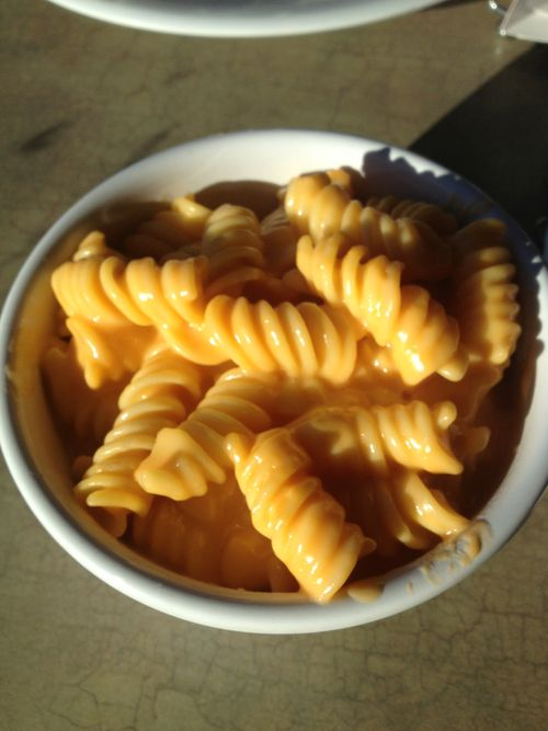 Boston Market Macaroni & Cheese Copycat Recipe-dear god if it tastes the same I will be happy as a clam