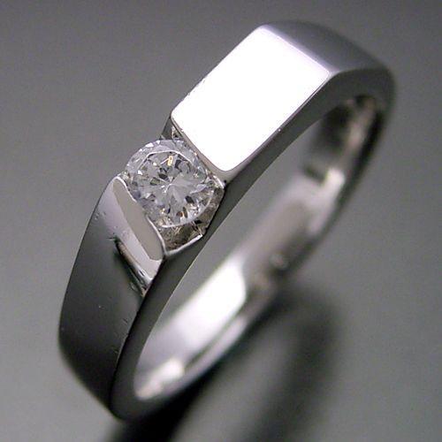 男性的な格好良さのある婚約指輪[No,5325]