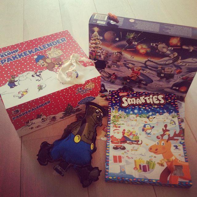 Instagram media lovekokoro - Advent Calendar 1st day#adventcalendar#アドベントカレンダー#christmas#クリスマス#北欧#denmark#デンマーク#lego#レゴ#starwars#スターウォーズ#ラスムスクルンプ#rasmusklump