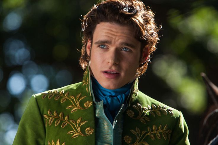 Quiz: Which Richard Madden Should You Date? I got the Date with Piercing Blue Eyes Looking Into Your Soul Richard Madden ♥♥♥♥♥♥