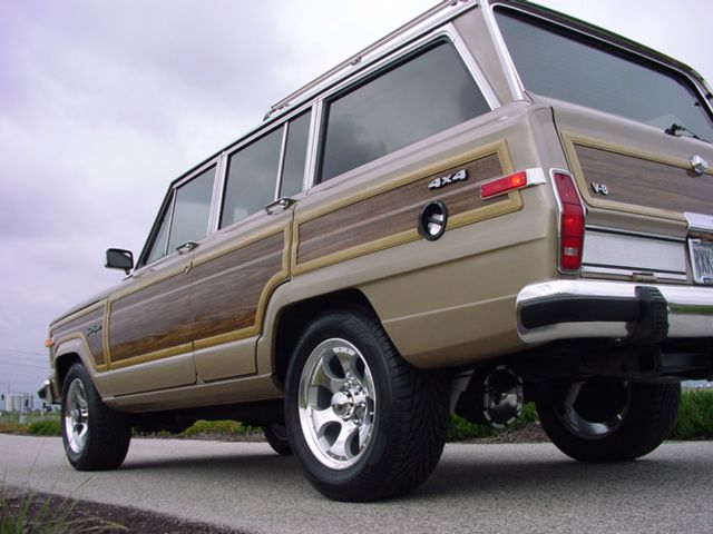 Jeep Grand Wagoneers Full Professional Ground Up >> 49 best CraigsList Finds images on Pinterest | Autos, Bicycles and Bicycling