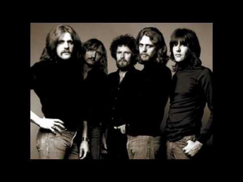 The Eagles - Hotel California (with lyrics)