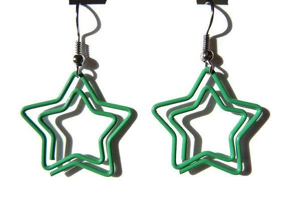 Green star earrings paper clip earrings green paper door EraOfCrea