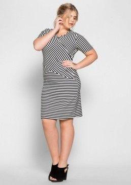 Proužkované šaty #avendro #avendrocz #avendro_cz #fashion #plussize #dress