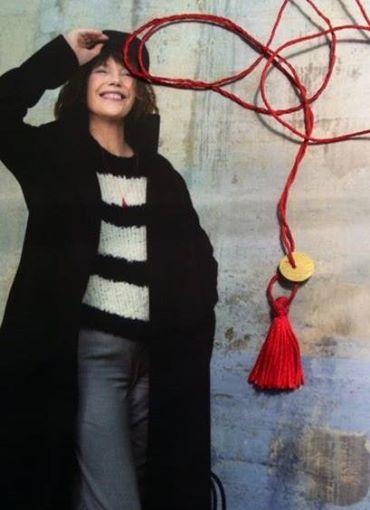 Jane Binrkin indossa collana NUMERO Atelier VM — en ATELIER VM.
