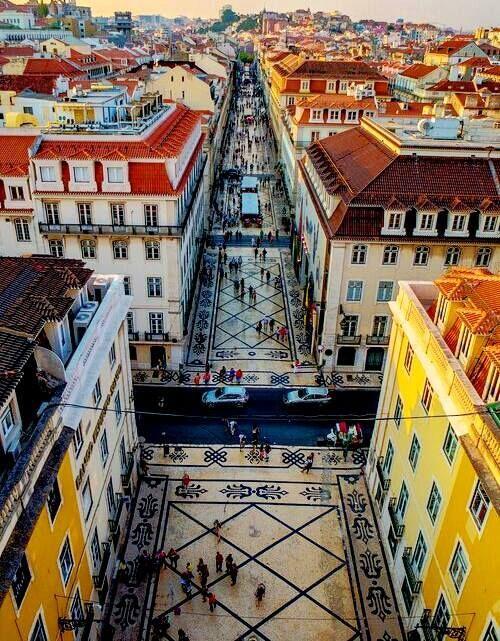 Rua Direita, Lisboa, Portugal  __ by Rita Pedras