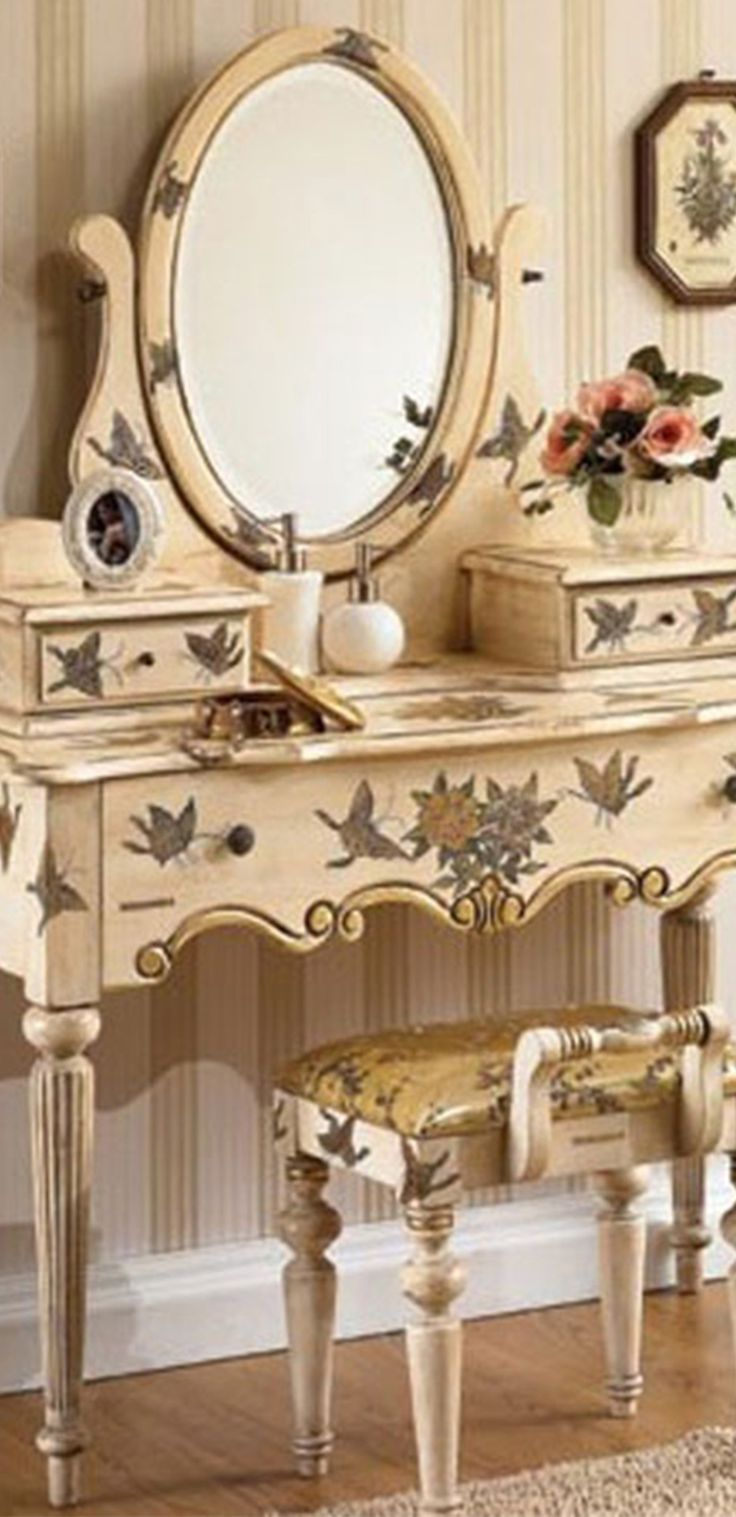 119 best vanity table beauty images on pinterest vanity tables regilla una fiorentina in california geotapseo Gallery