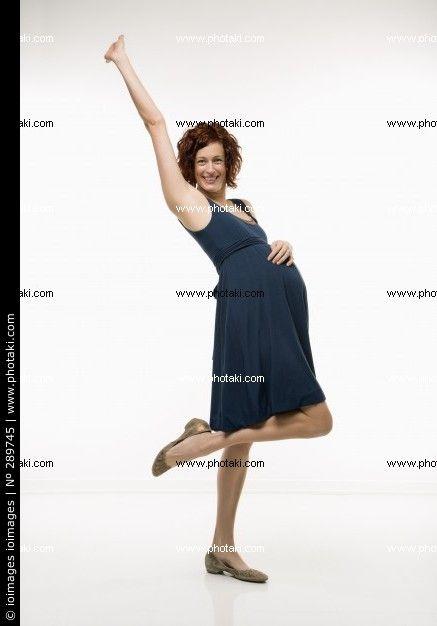 http://www.photaki.com/picture-portrait-of-pregnant-woman-pregnancy-smile_289745.htm