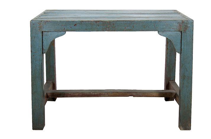 Fotos. Mobiliario antiguo. Mesas auxiliares para comercios.