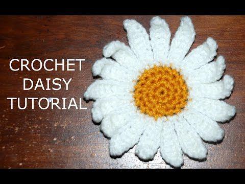 How to Crochet a Daisy Flower Part I - YouTube