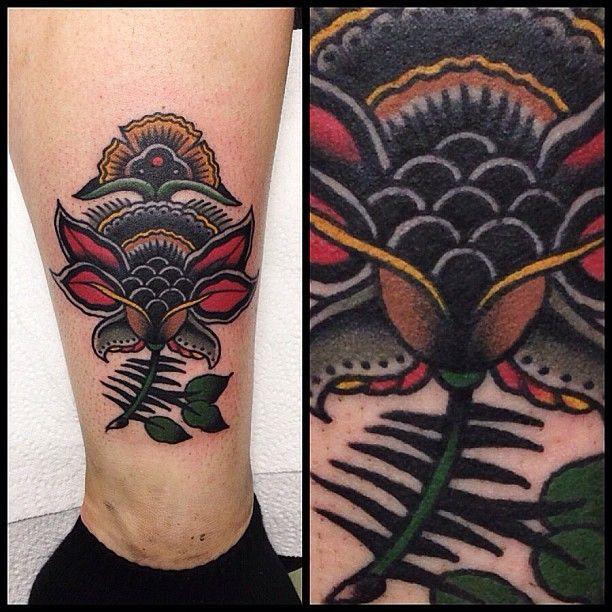 Traditional flower tattoo by James McKenna. [Instagram j__mckenna www.facebook.com/wa.ink.tattoo.shop]